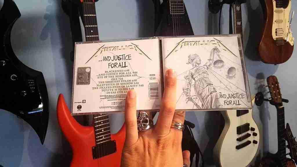And Justice For All, la creatura più complessa dei Metallica, dopo trenta anni dimostra una spaventosa attualità oltre che qualità.