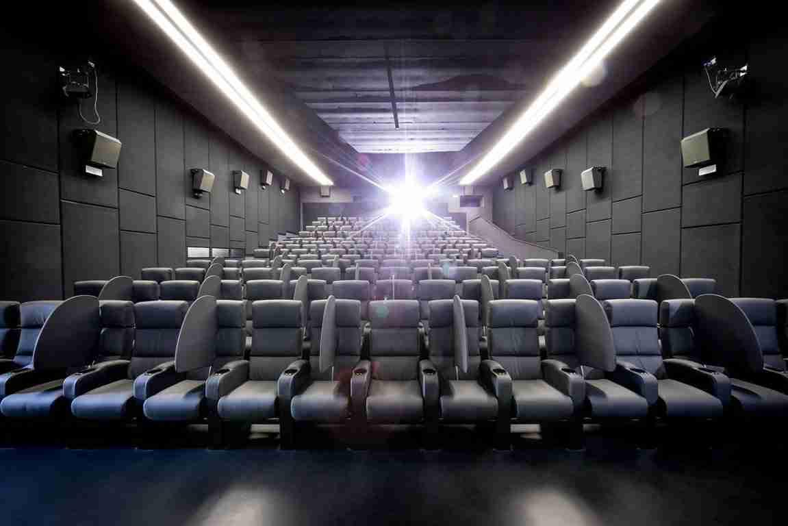 Riaprono i cinema